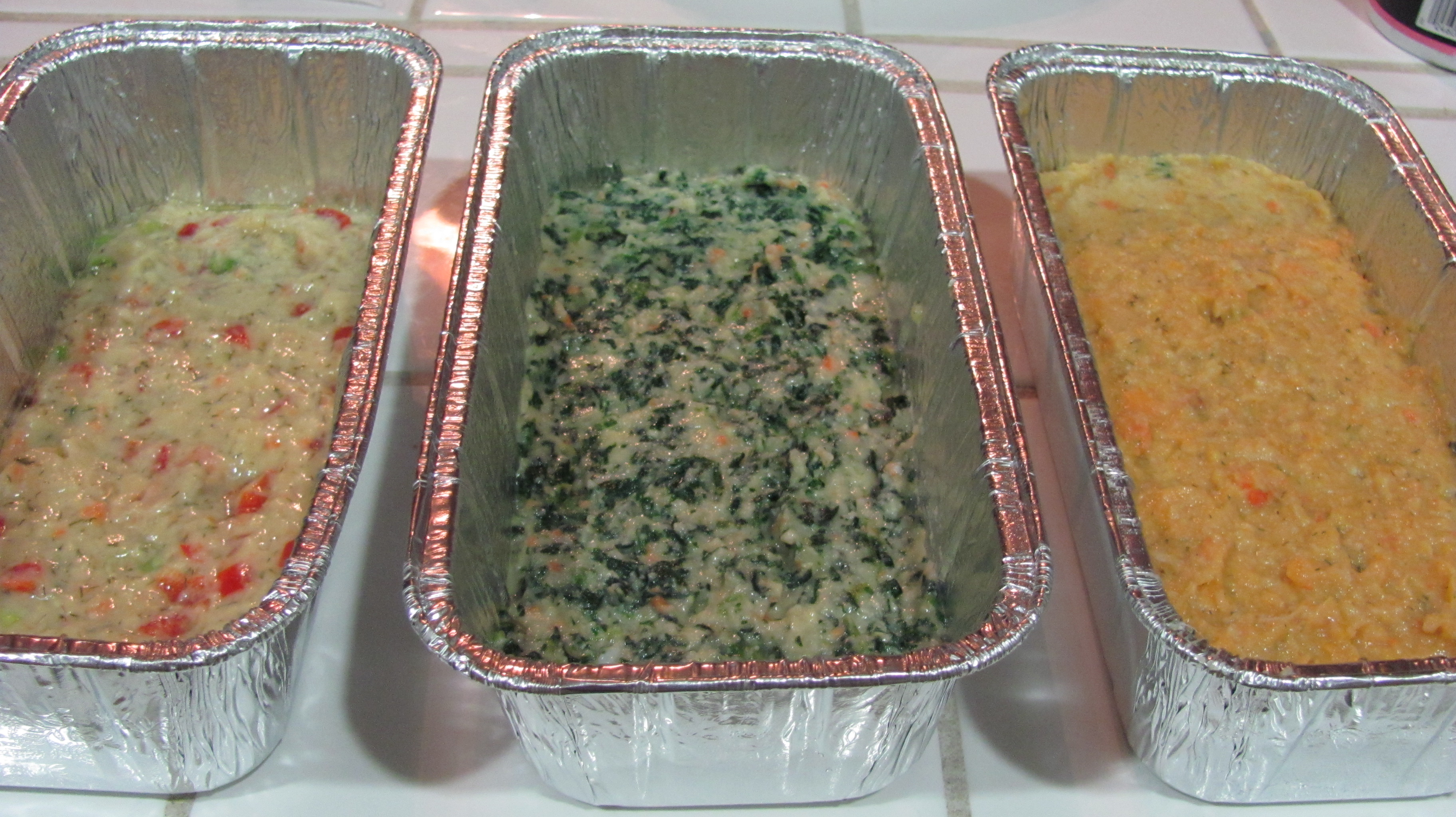 Tri color gefilte fish loaf recipe is a colorful fun for Jewish fish dish