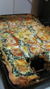 Greek Tomato-Spinach Pizza